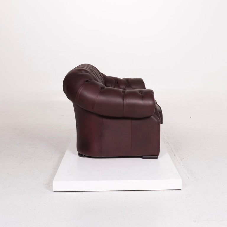 Chesterfield Leather Sofa Brown Purple Two-Seat Retro Couch In Fair Condition For Sale In Cologne, DE