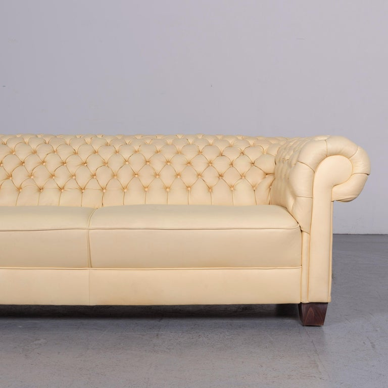 Chesterfield Leather Sofa Set Crème Three-Seat Couch In Good Condition In Cologne, DE