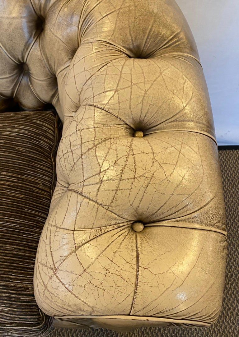 Chesterfield Leather Upholstered Loveseat Sofa 7