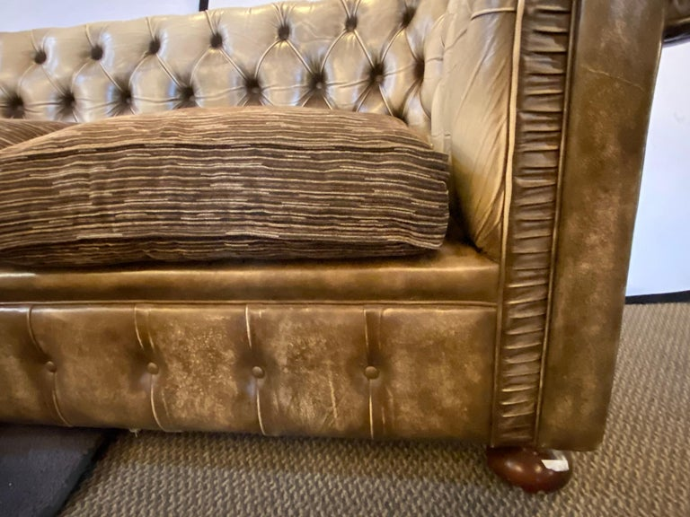 Chesterfield Leather Upholstered Loveseat Sofa 2