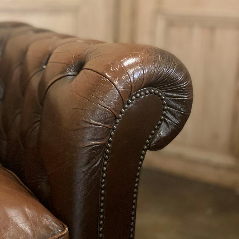 Chesterfield Tufted Leather Sofa For Sale 4