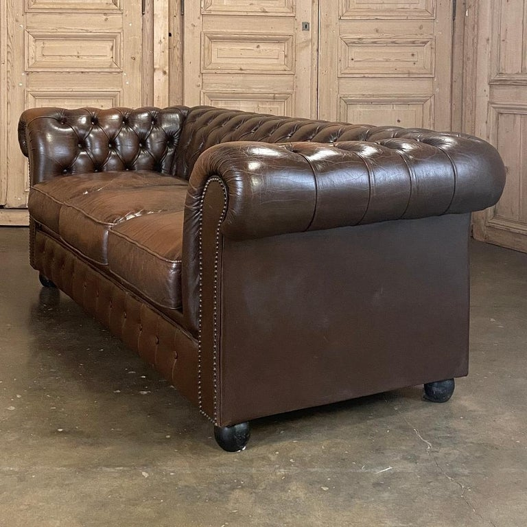 20th Century Chesterfield Tufted Leather Sofa For Sale