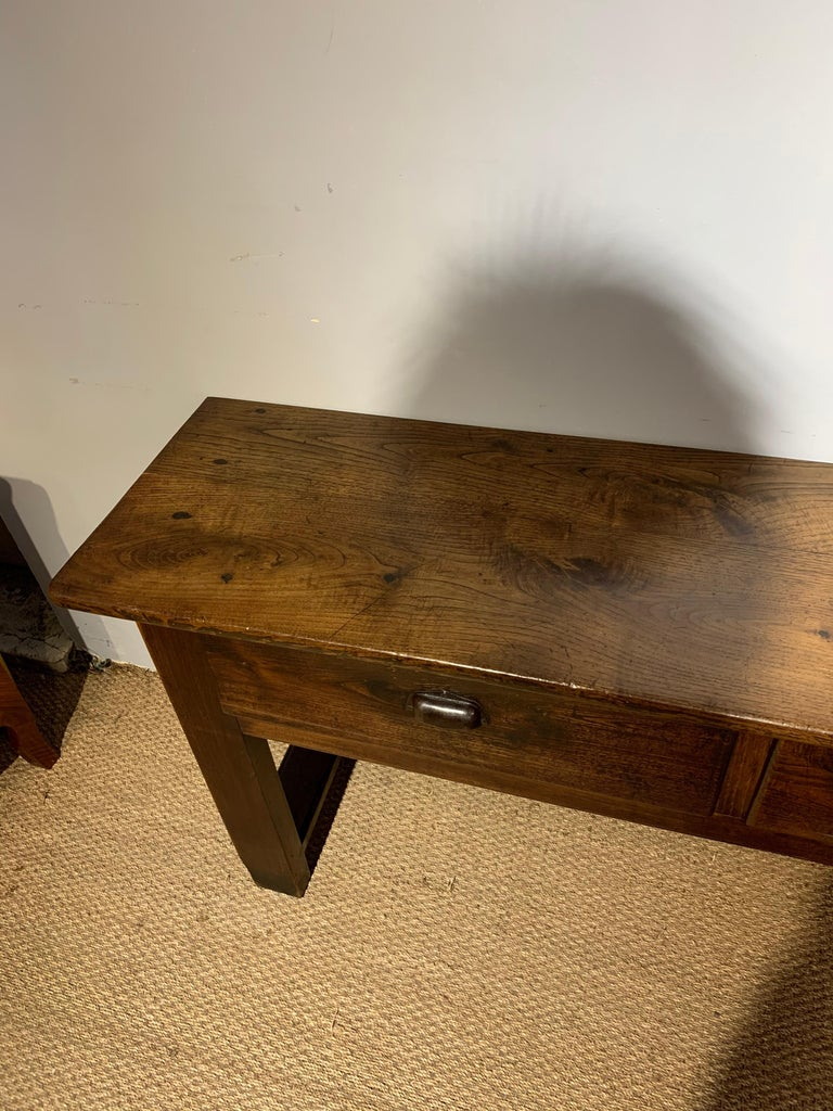 Chestnut Dresser Base / Server   In Good Condition For Sale In Honiton, Devon