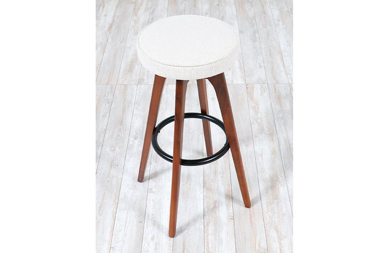 Chet Beardsley Sculpted Walnut Swiveling Stools for Living Design In Excellent Condition For Sale In Los Angeles, CA