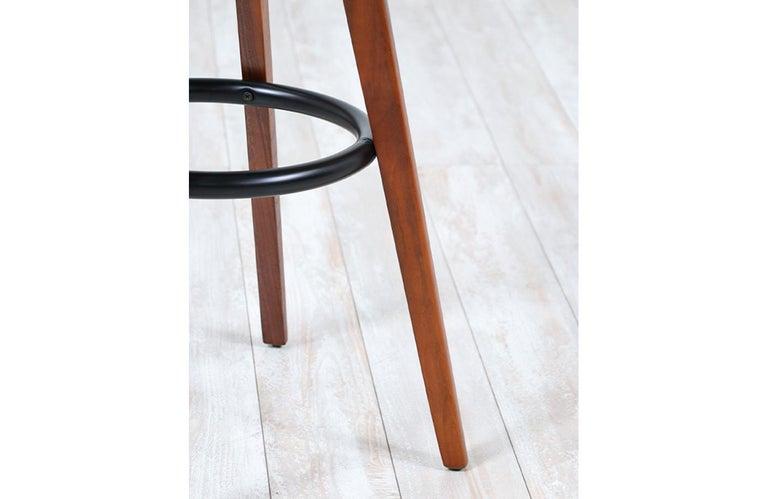Chet Beardsley Sculpted Walnut Swiveling Stools for Living Design For Sale 1