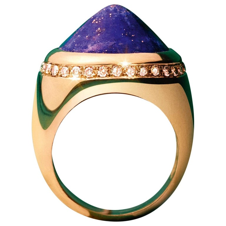 Chevalier, Lapis lazuli and Diamond, signet ring, yellow gold 18k, cabochon For Sale