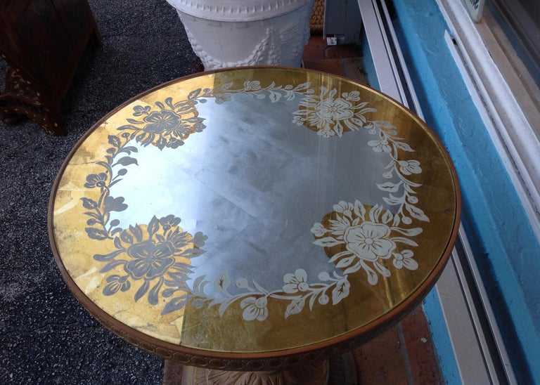 Chic 1940s Reverse Painted Table For Sale 2