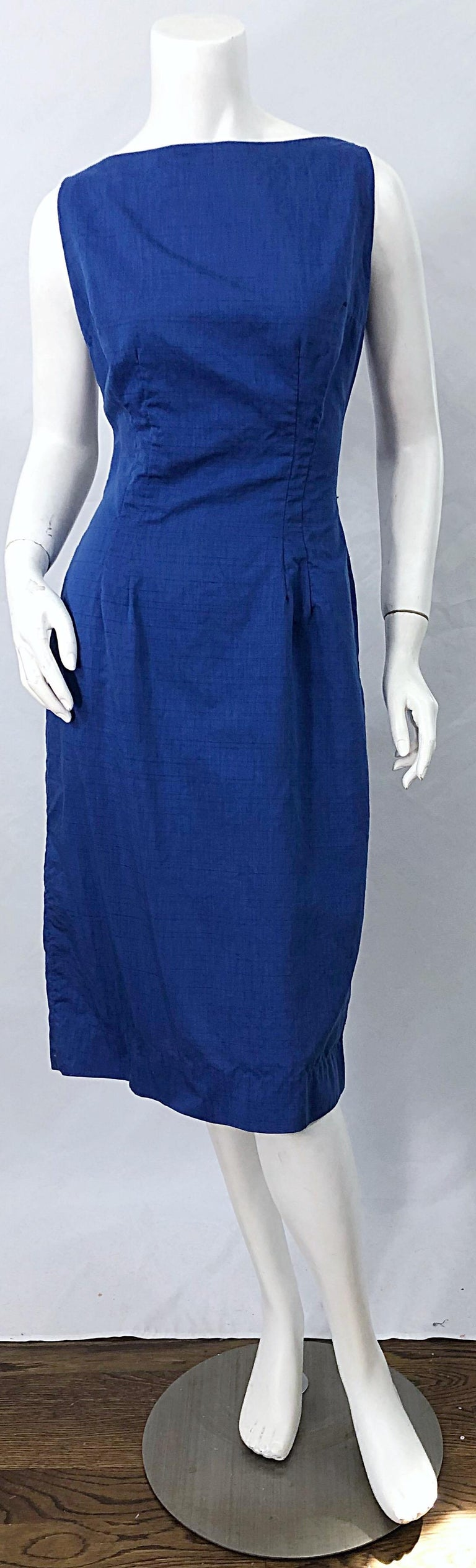 Chic 1950s Cobalt Blue Cotton High Neck Vintage 50s Sleeveless Wiggle Dress For Sale 8