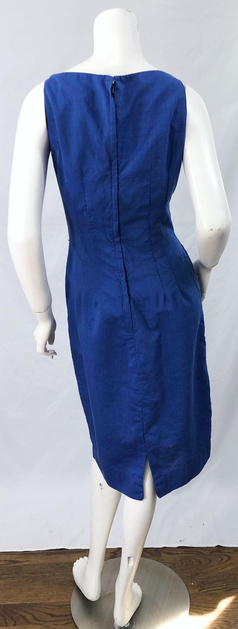 Chic 1950s Cobalt Blue Cotton High Neck Vintage 50s Sleeveless Wiggle Dress In Excellent Condition For Sale In Chicago, IL