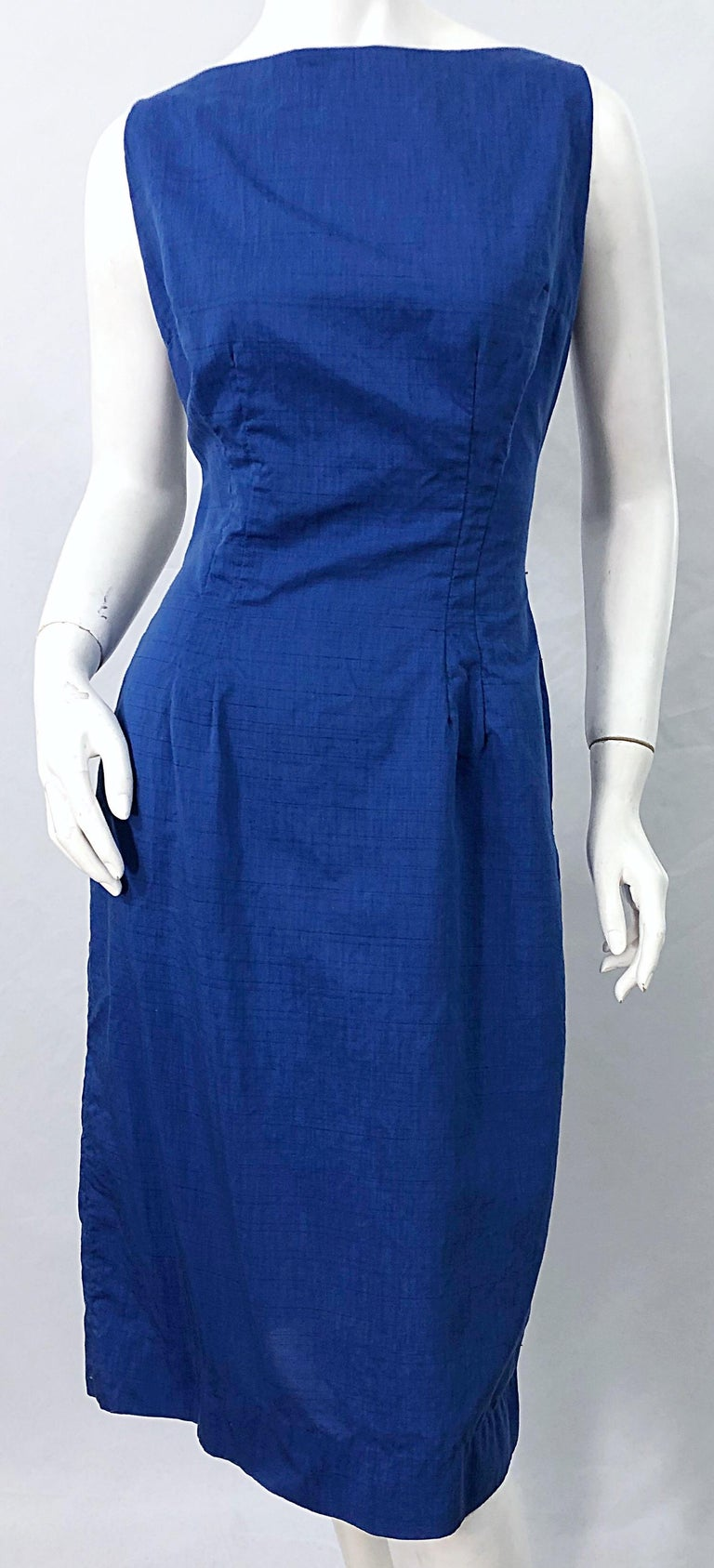Chic 1950s Cobalt Blue Cotton High Neck Vintage 50s Sleeveless Wiggle Dress For Sale 3