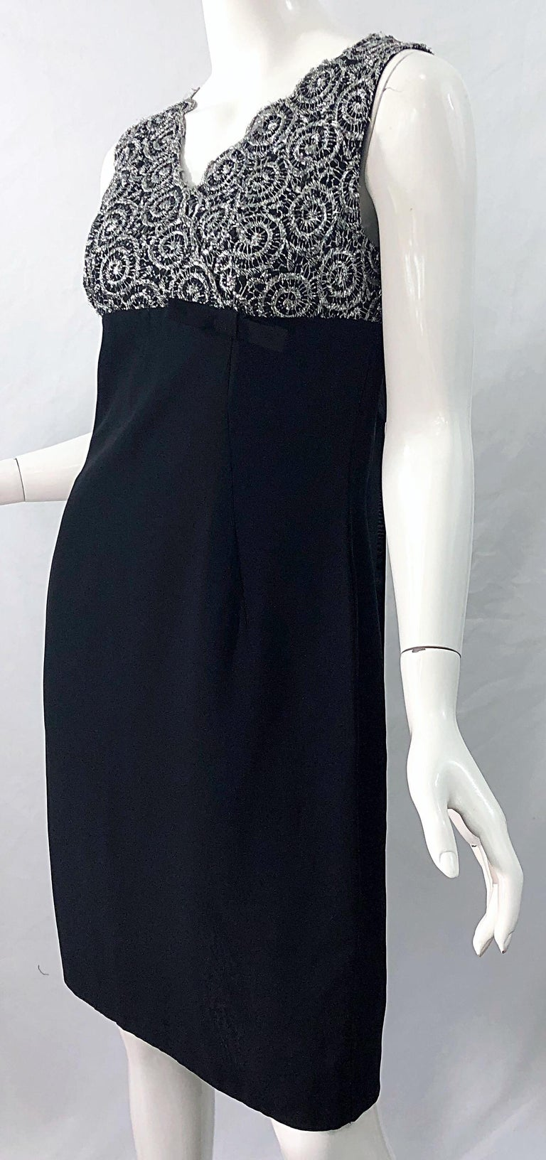 Chic 1960s Black and Silver Metallic Lace Rayon Crepe Vintage 60s Sheath Dress For Sale 7