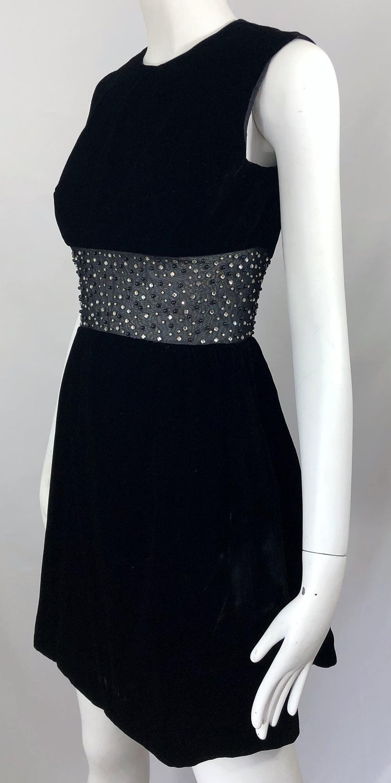 Chic 1960s Black Velvet Cut - Out Rhinestone Beaded Vintage 60s A Line Dress For Sale 1