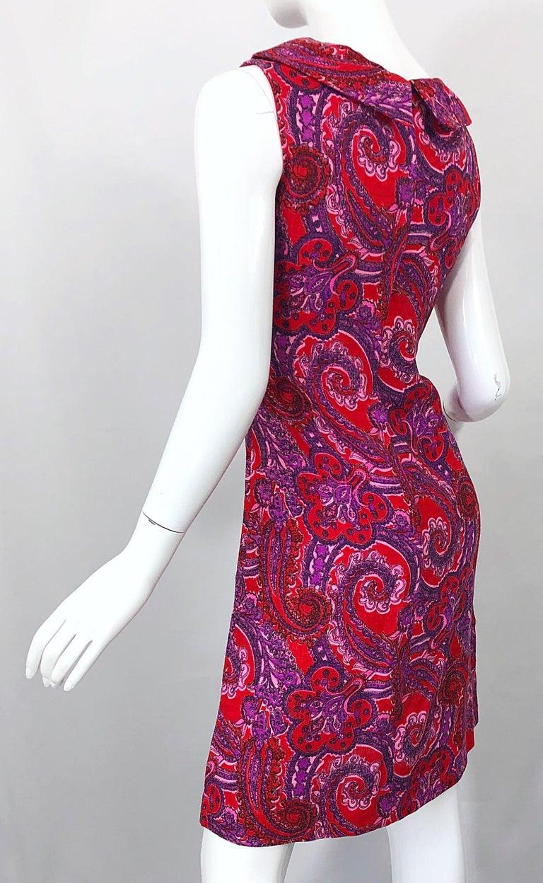 Chic 1960s Irish Linen Pink + Red + Purple Paisley Vintage 60s Mod Shift Dress For Sale 1
