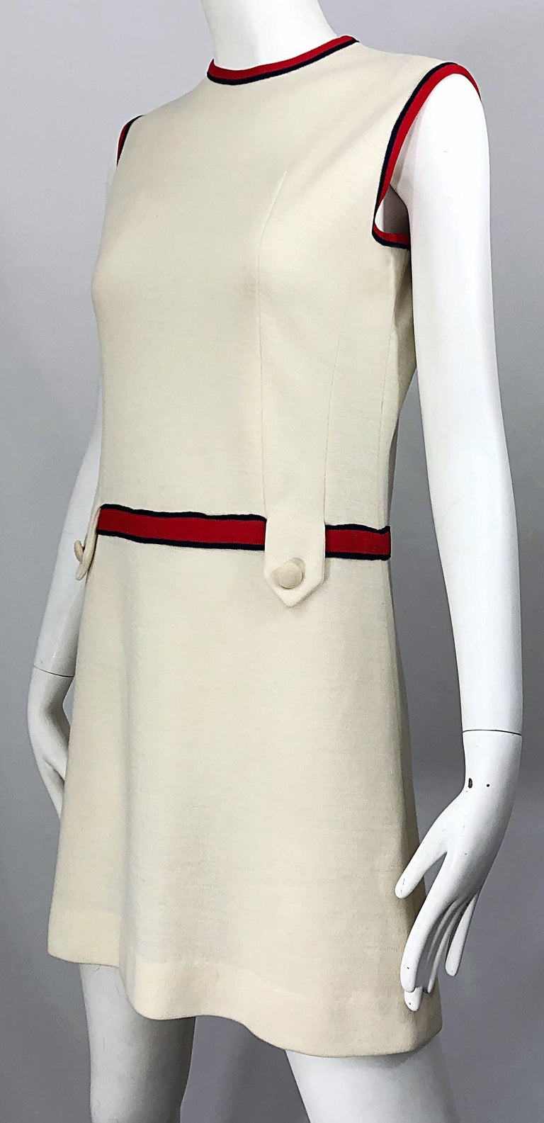 Chic 1960s Ivory + Navy Blue + Red Knit Vintage 60s Nautical Mod Shift Dress For Sale 6