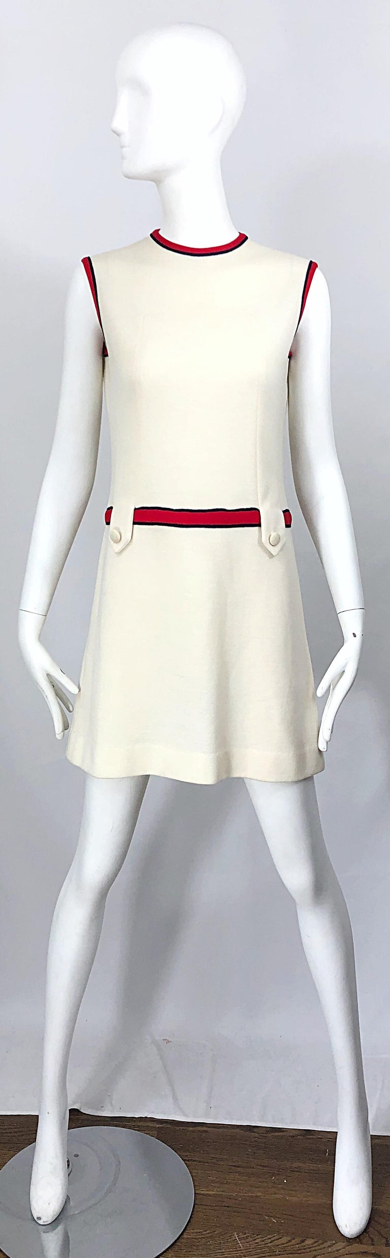 Chic 1960s Ivory + Navy Blue + Red Knit Vintage 60s Nautical Mod Shift Dress For Sale 8