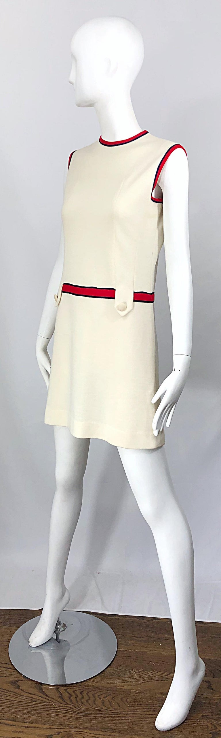 Women's Chic 1960s Ivory + Navy Blue + Red Knit Vintage 60s Nautical Mod Shift Dress For Sale