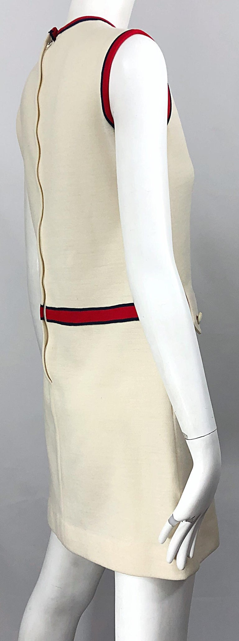Chic 1960s Ivory + Navy Blue + Red Knit Vintage 60s Nautical Mod Shift Dress For Sale 5