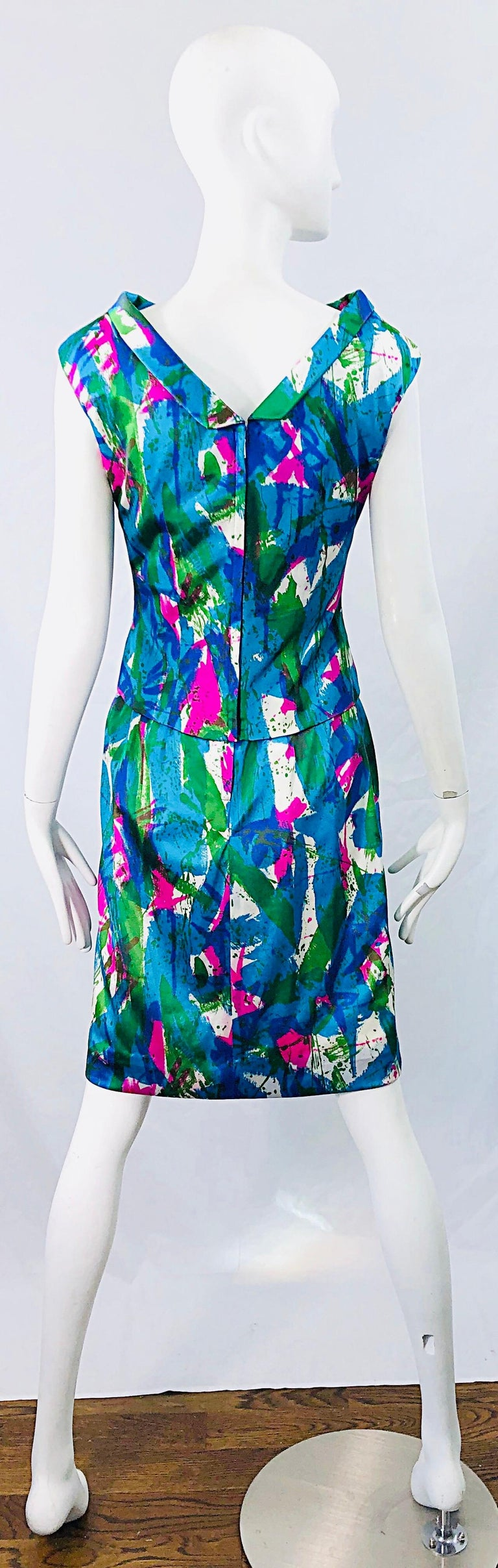 Chic 1960s Neon Abstract Print Two Piece Vintage 60s Sheath Dress + Top Blouse  For Sale 11