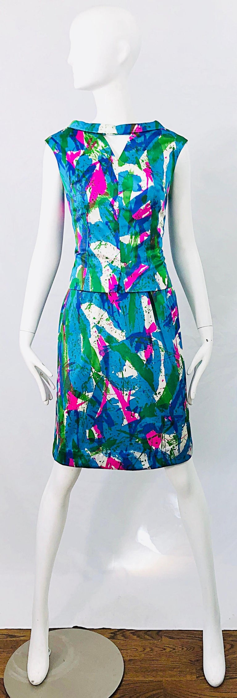 Chic 1960s Neon Abstract Print Two Piece Vintage 60s Sheath Dress + Top Blouse  For Sale 13
