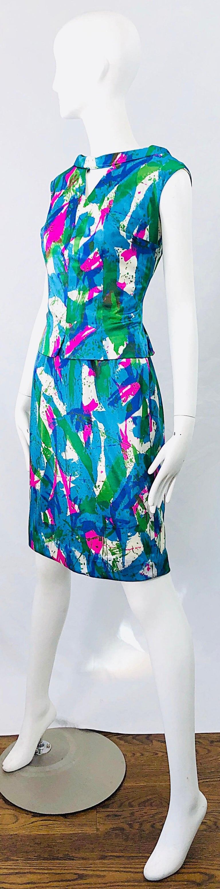Chic 1960s Neon Abstract Print Two Piece Vintage 60s Sheath Dress + Top Blouse  For Sale 1