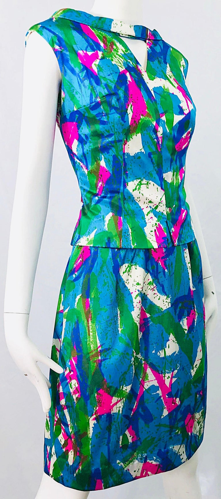 Chic 1960s Neon Abstract Print Two Piece Vintage 60s Sheath Dress + Top Blouse  For Sale 4