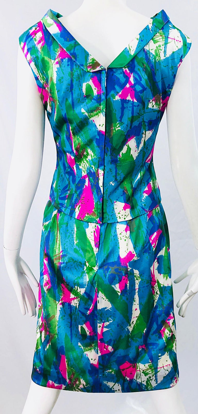 Chic 1960s Neon Abstract Print Two Piece Vintage 60s Sheath Dress + Top Blouse  For Sale 5