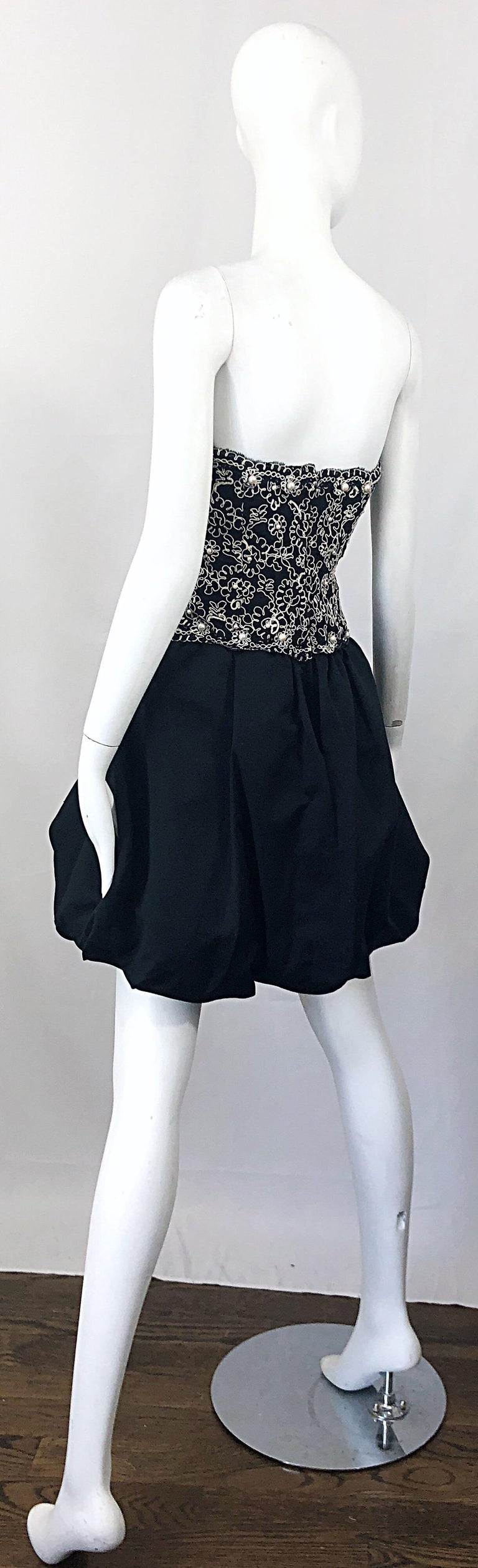 Chic 1980s Size 12 Strapless Pearl Encrusted Black and White Pouf Vintage Dress For Sale 10