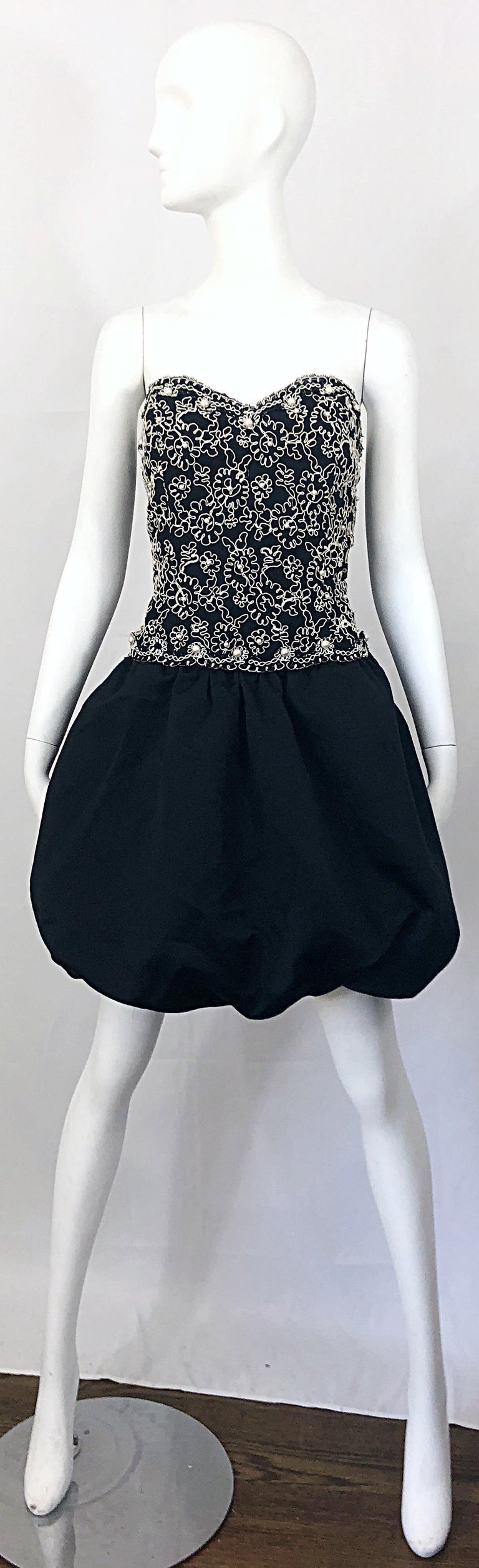 Chic 1980s Size 12 Strapless Pearl Encrusted Black and White Pouf Vintage Dress For Sale 12