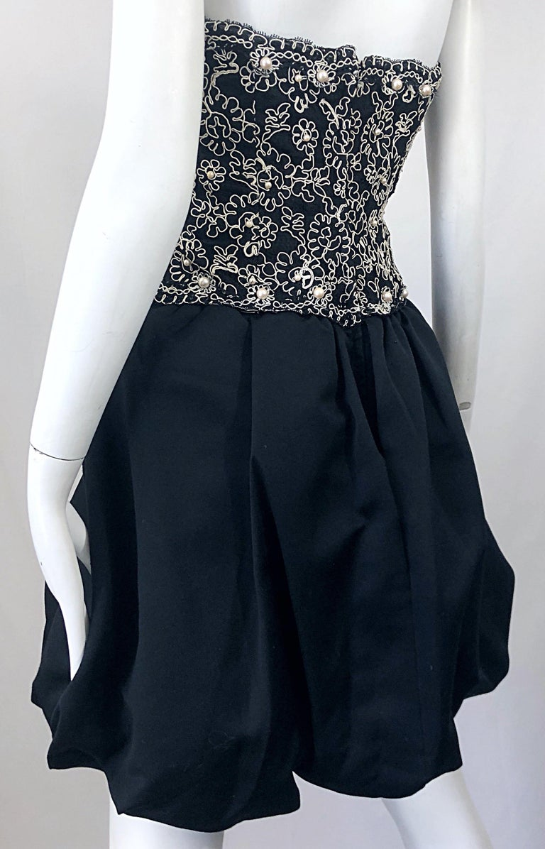 Chic 1980s Size 12 Strapless Pearl Encrusted Black and White Pouf Vintage Dress For Sale 3