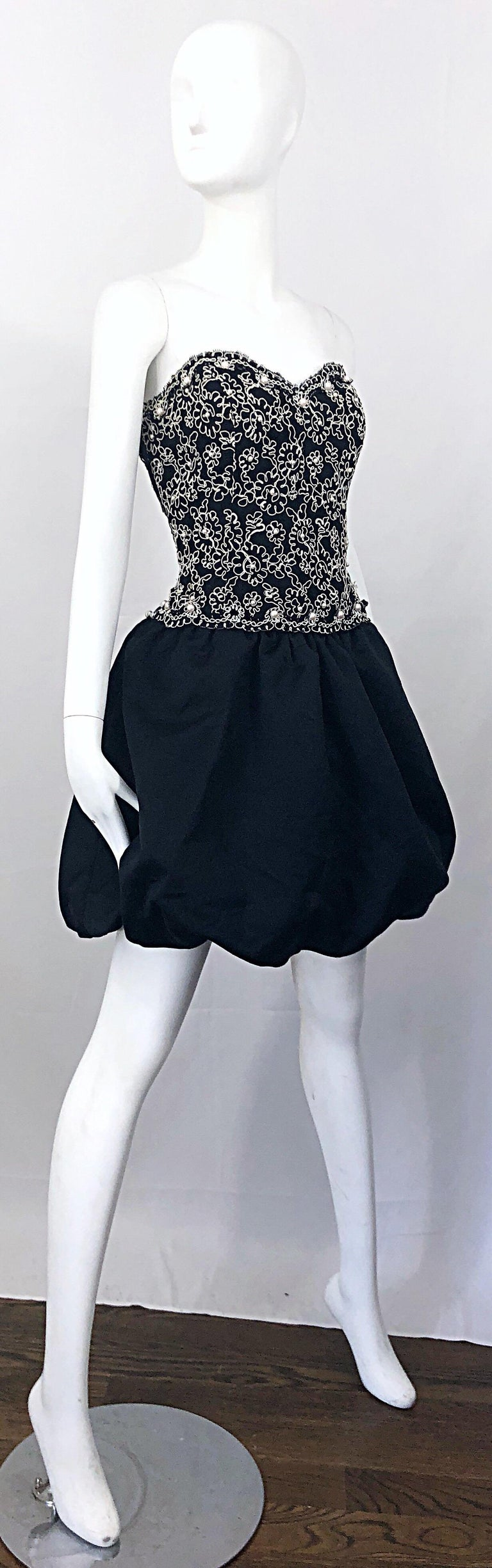 Chic 1980s Size 12 Strapless Pearl Encrusted Black and White Pouf Vintage Dress For Sale 4