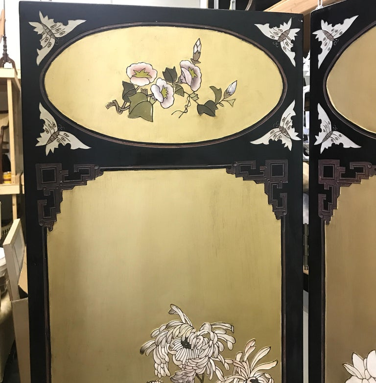 Chic Art Deco, Gilt and Lacquered Chinese Coromandel Screen For Sale 2