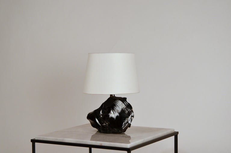 Hand-Carved Chic Art Deco Obsidienne or Obsidian Stone Lamp with Parchment Shade