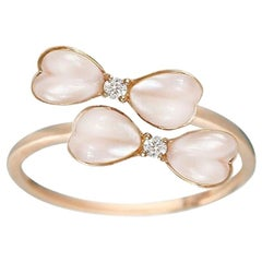 Chic Delicate Mother of Pearl White Diamond Yellow 18 Karat Gold Ring