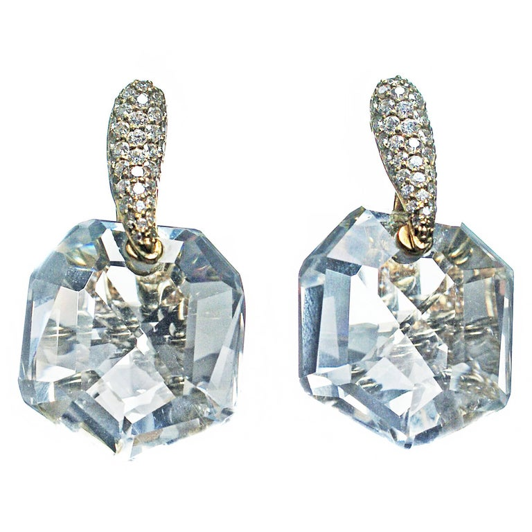 Chic Faceted Rock Crystal Diamond 18 Karat Yellow Gold Earrings
