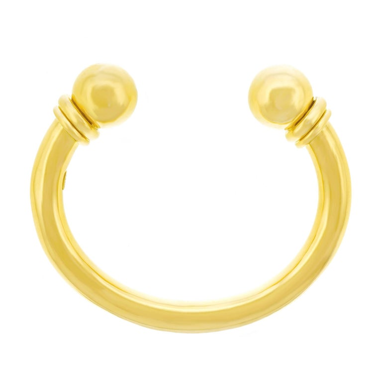 Chic Gold Bangle Bracelet