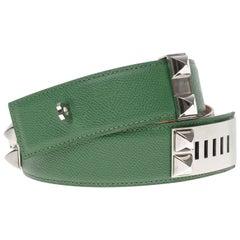"Chic Hermès belt ""Collier de chien"" Médor in green epsom leather,silver hardware"