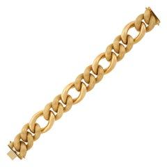 Chic Italian 1960s Gold Bracelet