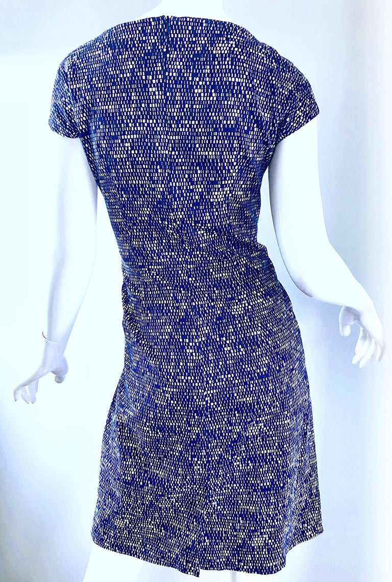 Chic Max Mara Size 10 Navy Blue + White Picque Cotton Short Cap Sleeve Dress For Sale 1