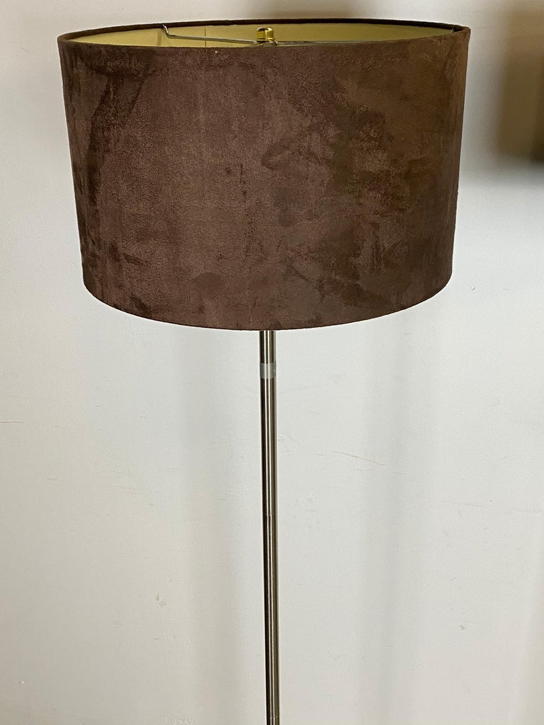 Contemporary Chic Mid-Century Modern Style Floor Lamps with Tulip Base and Barrel Shades