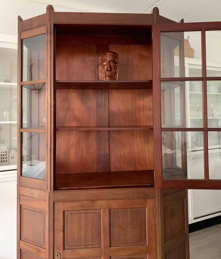 20th Century Chic and Stylish Solid Mahogany Dutch Arts & Crafts Display Cabinet / Showcase For Sale