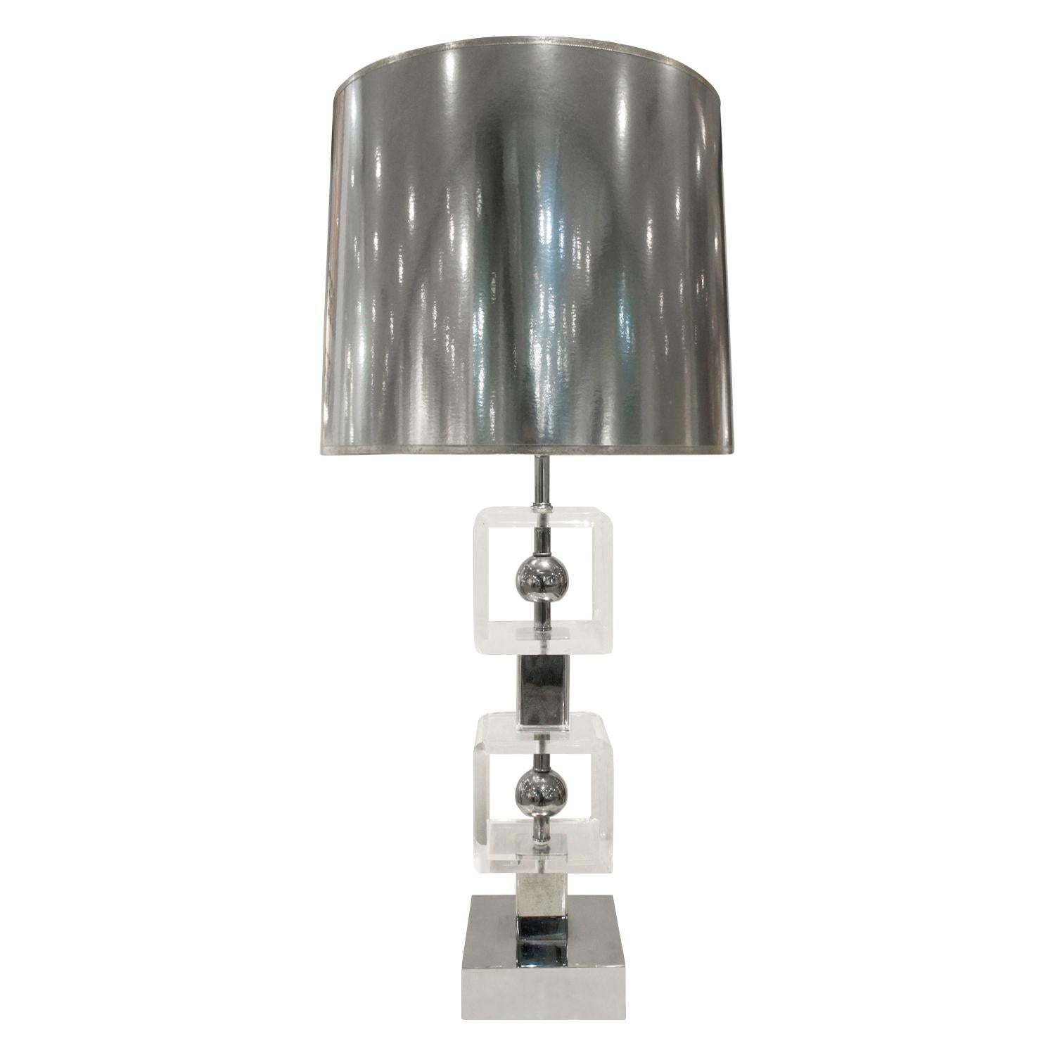 Chic Table Lamp in Lucite and Chrome, 1970s
