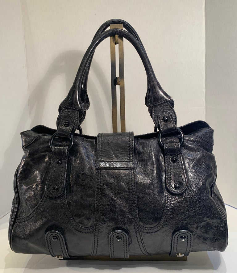 Chic Valentino Metallic Black Leather Catch Purse with Black Crystal Logo Clasp For Sale 2
