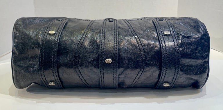 Chic Valentino Metallic Black Leather Catch Purse with Black Crystal Logo Clasp For Sale 5