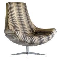 Chica Swivel Chair