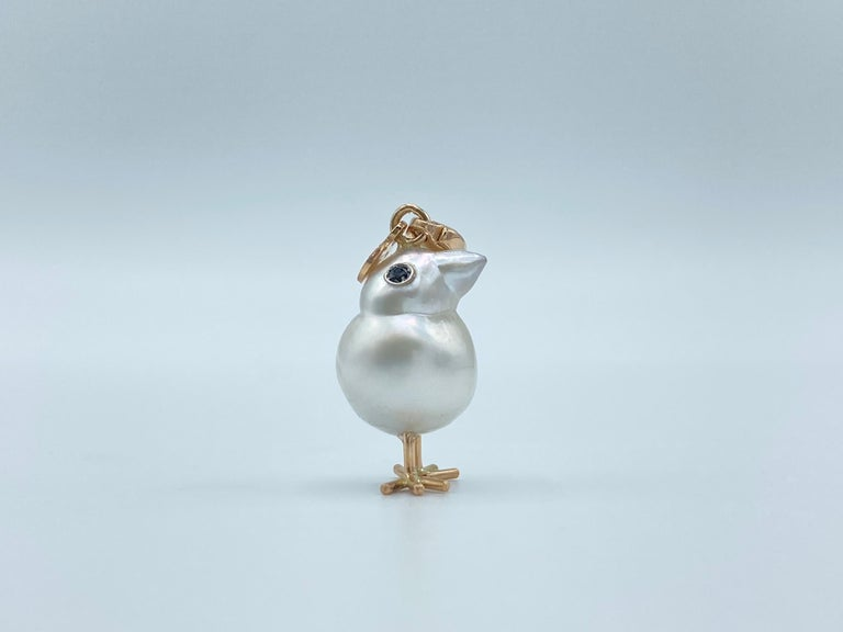 Contemporary Chick Australian Pearl Black Diamond 18Kt Red Gold Pendant Necklace Charm For Sale