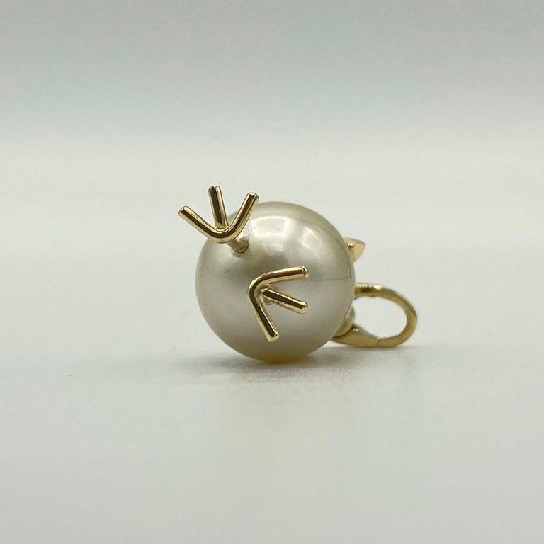 Chick Pearl Black Diamond 18 Karat Gold Pendant Necklace or Charm 4