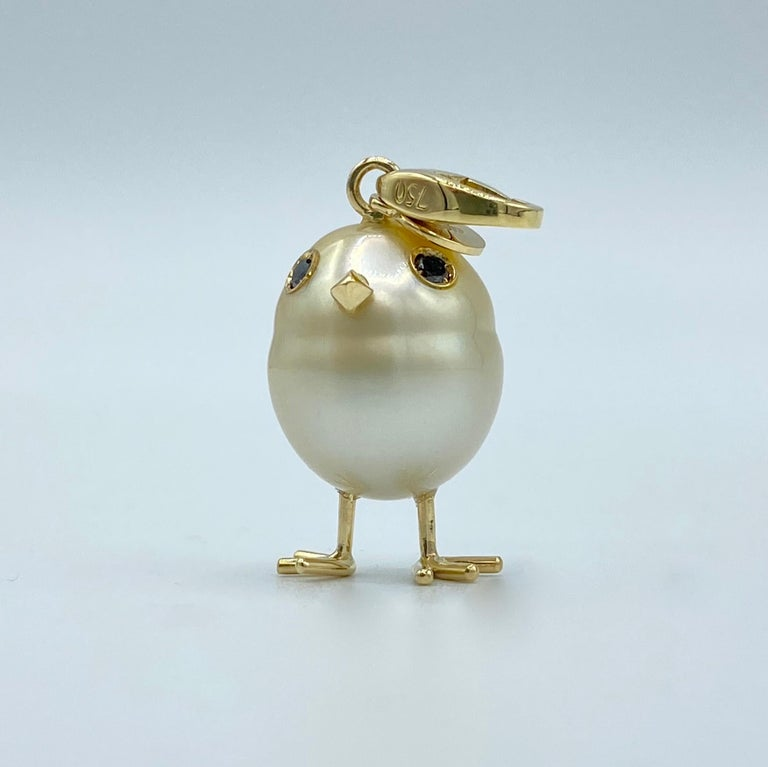 Chick Pearl Black Diamond 18 Karat Gold Pendant Necklace or Charm In New Condition In Bussolengo, Verona