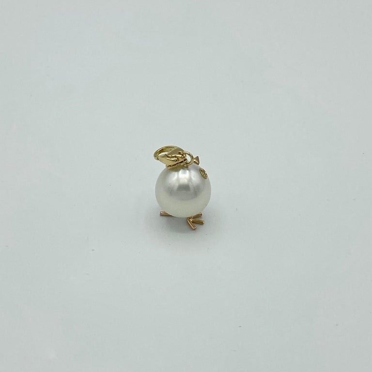 Chick Pearl Diamond 18 Karat Gold Pendant Necklace or Charm Made in Italy For Sale 5