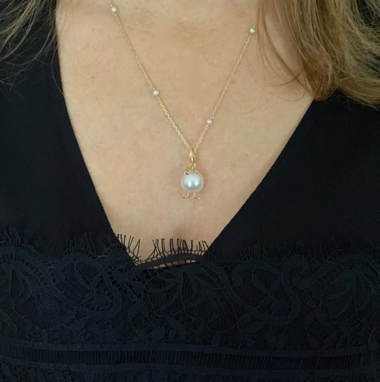 Chick Pearl Diamond 18 Karat Gold Pendant Necklace or Charm Made in Italy For Sale 7