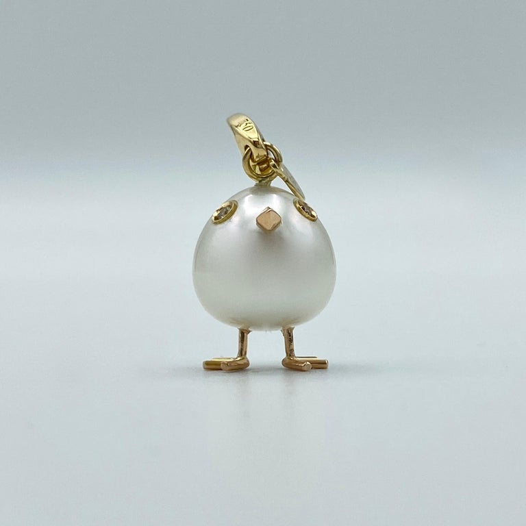 Chick Pearl Diamond 18 Karat Gold Pendant Necklace or Charm Made in Italy For Sale 9